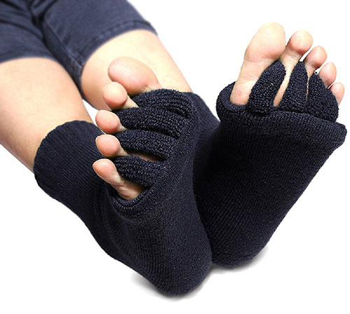 3. Flesser Yoga Sports GYM Five Toe Separator Socks