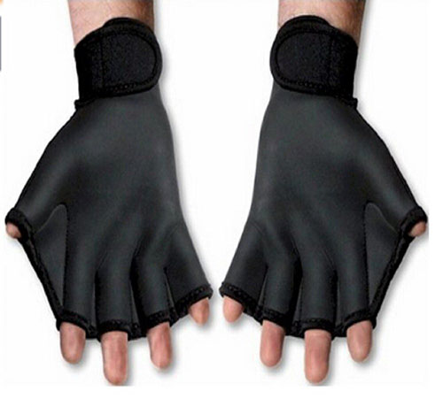 7. Woreach Aquatic Gloves Swim Training Gloves
