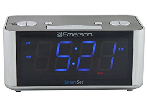 2. Emerson CKS1708 Smart Set Radio Alarm Clock