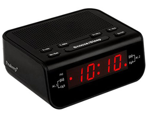 5. Peakeep Little Digital FM Alarm Clock Radio