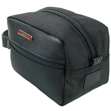 5. Alpine Swiss Hudson Toiletry Bag